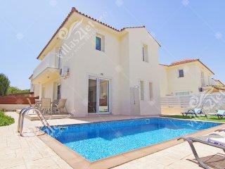 Cyprus Holiday Villa VANESSA Profile