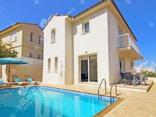 Cyprus Holiday Villa JACLYN Profile