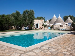Trulli Fico d'India: Luxury Trulli in Puglia with Pool