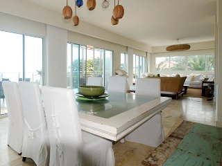 GORGEOUS SEA-VIEW PENTHOUSE IN KITE BEACH !!!