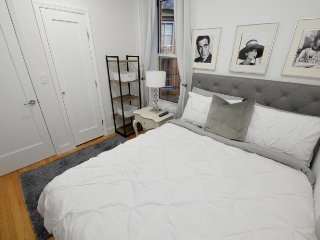 Midtown East comfy and quaint 2 bedroom