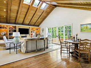 Westside Luxury in Upscale Quiet Beautiful Brentwood