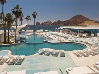 ME Cabo - Exquisite Hotel, 4 Star Resort