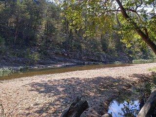 Cabin-ette ~  at the Creek
