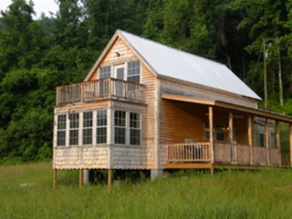 Meadow Cabin  at the Creek