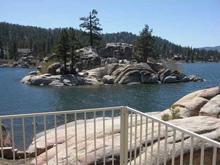 SCENIC LAKEFRONT WITH HOT TUB AT A GREAT PRICE !