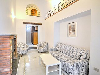 Sorrento Apartment Sleeps 4 with Air Con - 5228620