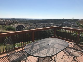 Incredible Views At La Cantera W/ Free Spa Massage