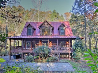 Private Cartecay River House w/Hot Tub & Game Room