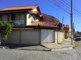 Excelente Casa Ampla para 15 pessoas/ 5 min da Praia do Forte