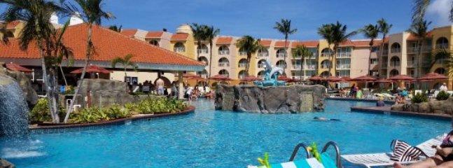 Beautiful Resort and Casino on Eagle Beach Sleeps 4!