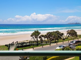 Xavier Dunes 3 - Tugun Beachfront