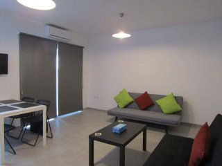 Gr8padz 1 bedroom apartment sleeps 4 Central Ayia Napa. Great location
