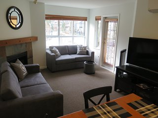 Amazing Village Location! Brilliant Views of Whistler Mtn, 2 bedrooms, 2 bath