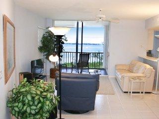 NE Island House 5750 ~ RA169163