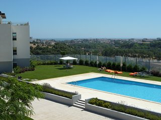 Privet Condominium, Close Lisbon, Sintra, Cascais -24h Security.