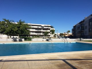 Privet Condominium, Close Lisbon, Sintra, Cascais -24h Security.