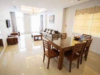 Three-bedrooms luxury in CENTRAL Hanoi - IDC