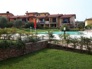 APARTMENT LELEGANCE, LAZISE, LAKE GARDA