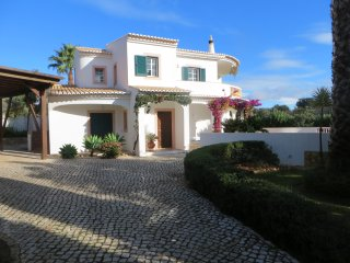 Three bedroomed villa in Monte Lemos.