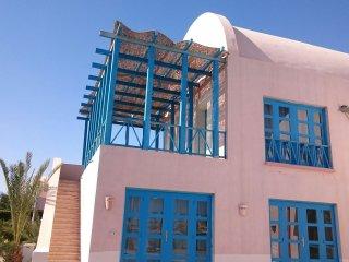 Rent & Spend your vacation at 4 bedrooms Villa in El Gouna