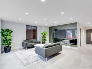 UR STAY Apartments Birmingham - Metalworks - Deluxe 2 Bedroom