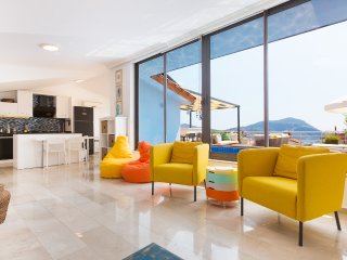 Apartment Tiki - 3 bedrooms with roof terrace and private pool