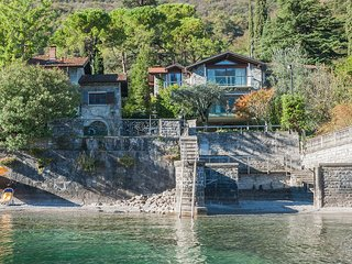 Villa Sara lakeside