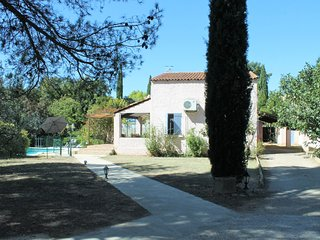 Villa with private swimming pool in Vaucluse