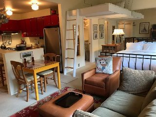The cutest studio in East Vail for up to 4 people, 3971 Bighorn Rd #7U