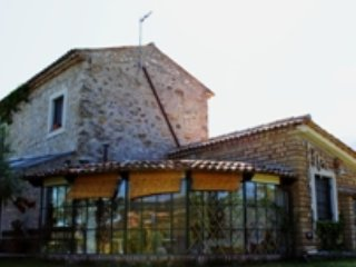 Limosa, tipycal country house with pool in  pristine nature between Rom&Nap