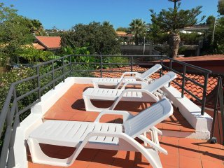 VILLA DELUX 8 PAX WITH JACUZZI AND BBQ