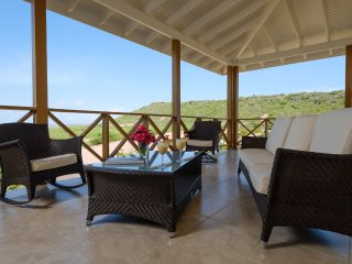 Ananda Curacao, 3 bedroom nature villa Falki
