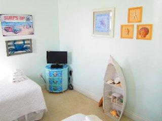 Sandbar B&B-Ocean Room