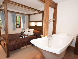 37254 Cottage in York