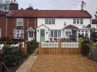 47835 Cottage in Reedham