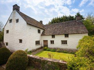 SKN11 Cottage in Abergavenny