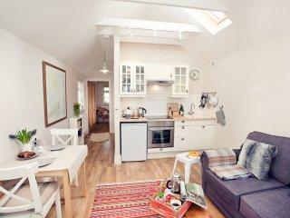 42855 Cottage in Crickhowell