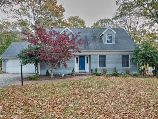 NEW-East Marion Home 3 Mi to Greenport, by Beaches