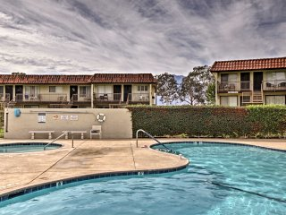 NEW! 1BR Desert Hot Springs Condo - Walk to Golf!