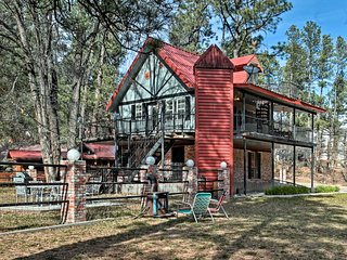 Riverfront Ruidoso Home Short Stroll from Midtown!