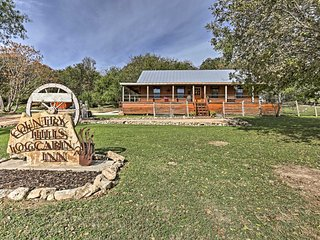 New! Rejuvenating 3BR New Braunfels Cabin w/Views!