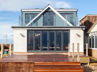 BT093 House in Pevensey Bay