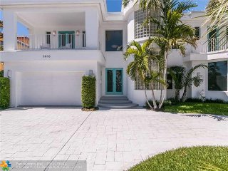 Fort Lauderdale Waterfront Mansion - Pool, Ocean nearby, Boat Dock