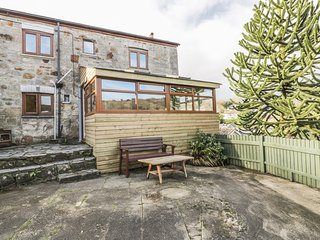 BELLBINE COTTAGE, open plan, conservatory, perfect for walkers, in Mevagissey