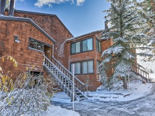 NEW! 1BR Ski-In/Ski-Out Truckee Condo w/Mtn Views!