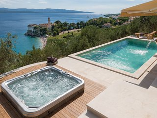 Exclusive villa with incredible view