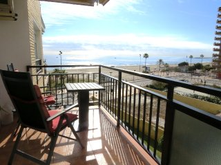 Ref: 228 - Los Boliches, Beachfront 1 bedroom apartment in Ronda 2 with pool