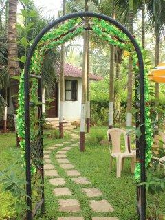 Palmeraie -A Serene Calm Luxury villa at Nagaon, Alibaug