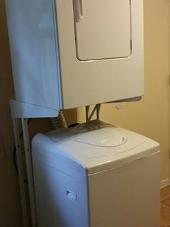 Washer/dryer available for guests staying 4 or more consecutive nights.